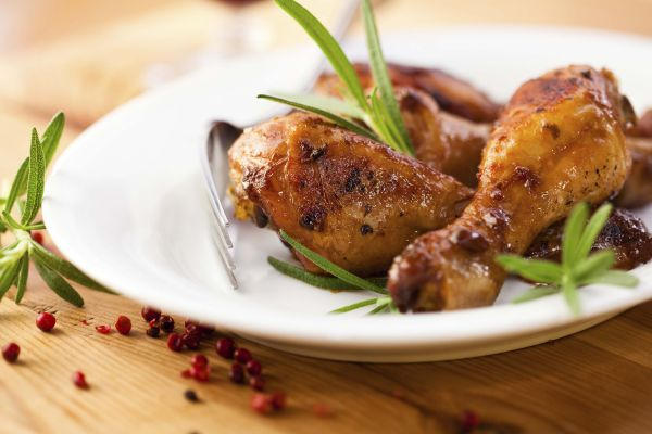 Chicken drumsticks with rosemary